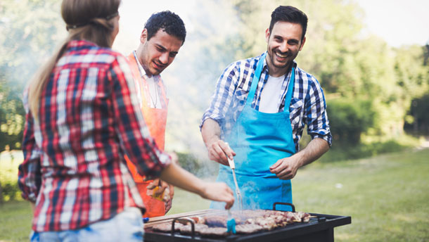 Gas or charcoal barbecues. Which is better?